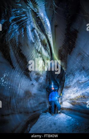 Larsbreen Ice cave, Spitzbergen, Svalbard - Stockfoto