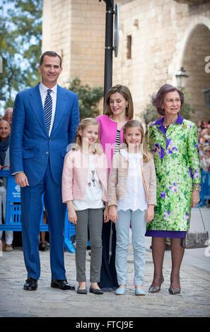 Palma De Mallorca, Spanien. 27. März 2016. König Felipe, Letizia Königin, Prinzessin Leonor, Prinzessin Sofia und - Stockfoto