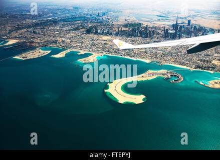 Luftaufnahme von Dubais Küste einschließlich Daria Insel. - Stockfoto