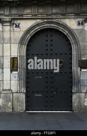 Barcelona, Spanien - 27. Dezember 2015: Tür von Barcelona Wax Museum / Museo de Cera de Barcelona - Stockfoto