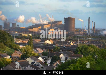 Das Stahlwerk an Port Talbot, South Wales