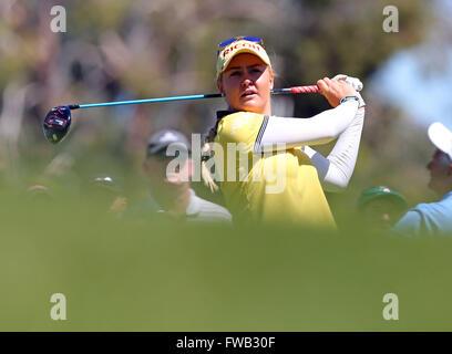 Rancho Mirage, Kalifornien, USA. 2. April 2016. Charley Hull England trifft ein Schuss in der dritten Runde der - Stockfoto