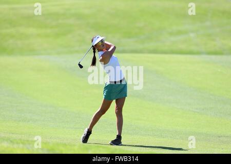 Rancho Mirage, Kalifornien, USA. 2. April 2016. Michelle Wie trifft ein Schuss in der dritten Runde der 2016 ANA - Stockfoto