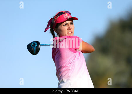 Rancho Mirage, Kalifornien, USA. 2. April 2016. Lexi Thompson trifft ein Schuss in der dritten Runde der 2016 ANA - Stockfoto