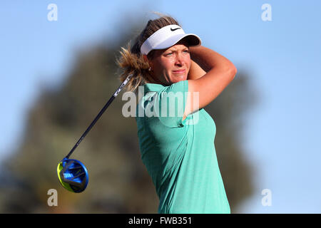 Rancho Mirage, Kalifornien, USA. 2. April 2016. Suzann Pettersen aus Norwegen trifft ein Schuss in der dritten Runde - Stockfoto