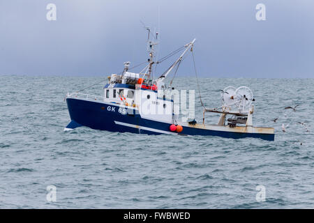 Angelboot/Fischerboot vor der Küste von Island.  In der Nähe von Grindavik und Keflavik - Stockfoto