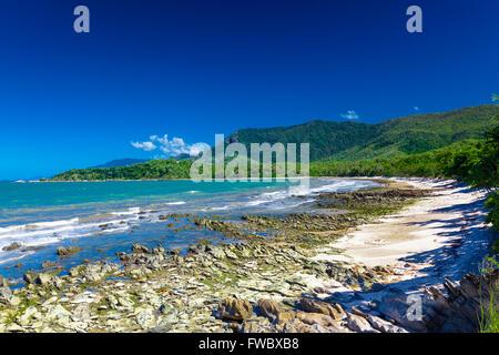 australien queensland nordk ste port douglas four mile beach trinity bay von flagstaff. Black Bedroom Furniture Sets. Home Design Ideas