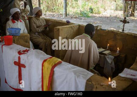 Geistheilung und Masse, demokratische Republik Kongo - Stockfoto