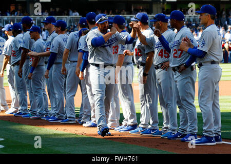 San Diego, CA, USA. 4. April 2016. SAN DIEGO, CA, USA--4. APRIL 2016:. |. PADRES vs. DODGERS. Los Angeles Adrian - Stockfoto