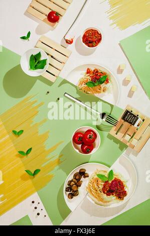 Suprematistischen Essen: Nudeln - Stockfoto
