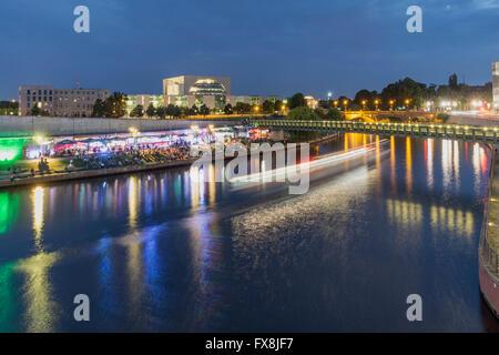 Berlin, Deutschland, River, Spree, Capital Beach Cafe, neuen Bundeskanzleramt, - Stockfoto