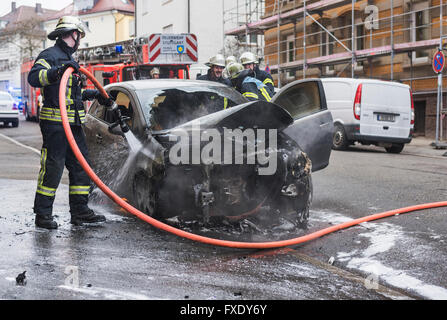 Auto Motorraum Stockfoto, Bild: 1559954 - Alamy