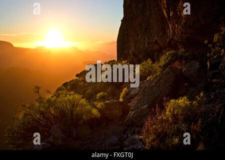Sonnenuntergang am Roque Bentayga, Mittelgebirge, Gran Canaria, Kanarische Inseln, - Stockfoto