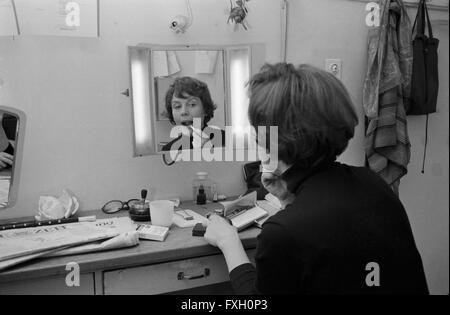 Deutsche plant Doris Schade, Deutschland 1970er Jahre. Die deutsche Schauspielerin Doris Schade, Deutschland 1970. - Stockfoto
