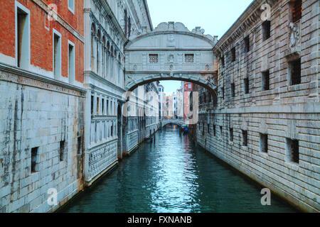 Seufzerbrücke in Venedig im sunrise - Stockfoto