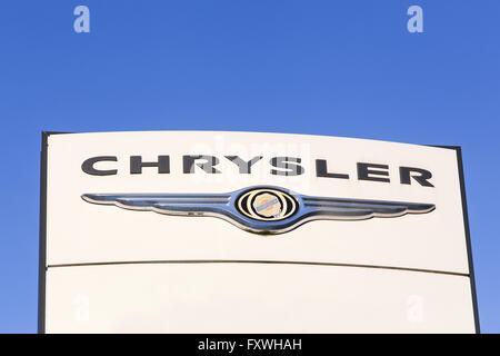 Chrysler-Logo auf einem panel - Stockfoto
