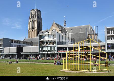 Restaurants und Cafés in der Fußgängerzone in der Hoogstraat in der Nähe von Blaak Rotterdam Niederlande gegenüber - Stockfoto