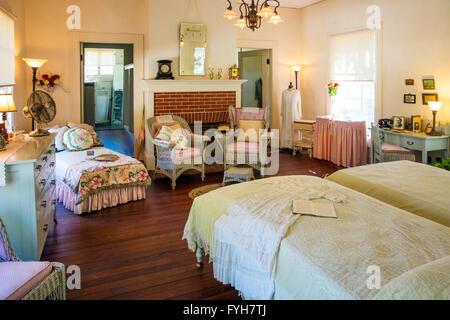 Schlafzimmer Innenraum im Winter Estate home, Seminole Lodge, der ...