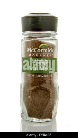 Winneconne, Wisconsin - 26. Februar 2016: Flasche von McCormick Gourmet Gemahlener Muskat - Stockfoto