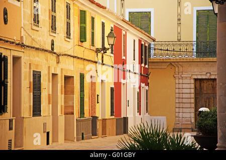 Menorca, Balearen, Spanien, Europa: Paläste und Gebäude in die Straßen und Gassen der Altstadt von Ciutadella - Stockfoto