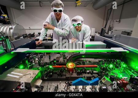 Forschungsgruppe der Laser und Plasma Physics Laboratory von Prof. Pretzler in der Heinrich-Heine-Universität Düsseldorf - Stockfoto
