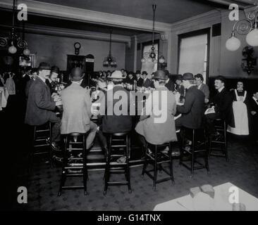 YMCA Restaurant um 1900. Die Young Men Christian Association wurde gegründet in London 1844 von Sir George Williams - Stockfoto