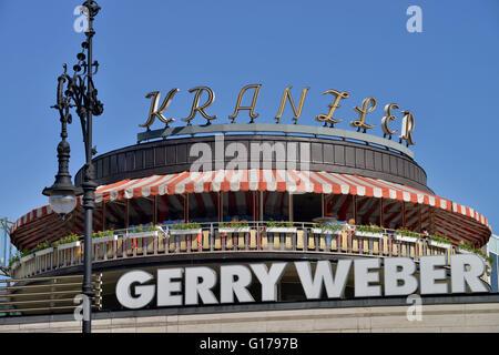 Cafe Kranzler, Neues Kranzlereck, Kurfürstendamm, Charlottenburg, Berlin, Deutschland / Kurfürstendamm, Ku-Damm, - Stockfoto