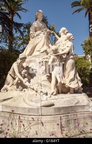 Statue der Königin Victoria befindet sich vor dem Hotel Regina, Nizza, Côte d ' Azur, Frankreich - Stockfoto