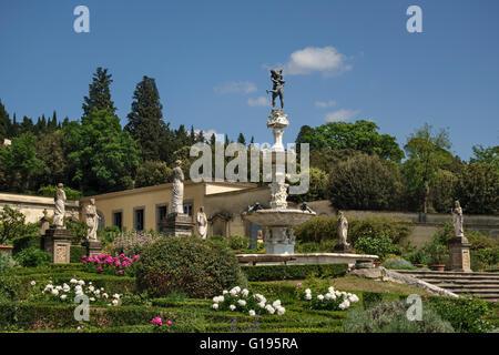 Die Medici Villa di Castello (Villa Reale), Sesto Fiorentino, Florenz, Italien. Der Brunnen von Hercules und Antaeus, - Stockfoto