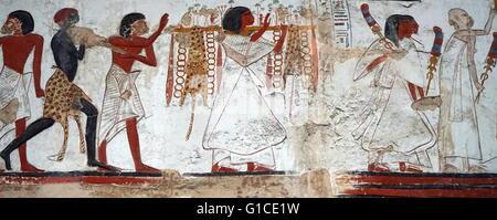 Gipsabdruck von einem Relief aus dem Tempel von Beit el-Wali, Darstellung einer militärischen Expedition von Ramses - Stockfoto