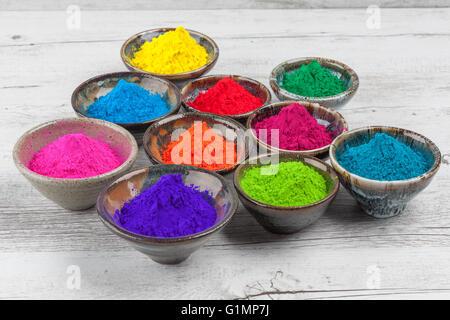 farbpulver pigment auf wei em hintergrund stockfoto bild 27580841 alamy. Black Bedroom Furniture Sets. Home Design Ideas