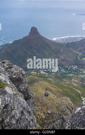 Cape Town South Africa durchquert 21. März 2016 die Seilbahn auf den Gipfel des berühmten Tafelberg - Stockfoto