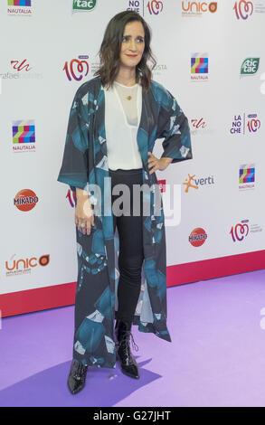 "Julieta Venegas während ""La Noche de Cadena 100' im Barclaycard Center am 9. April 2016 in Madrid, Spanien.  Mitwirkende: - Stockfoto"
