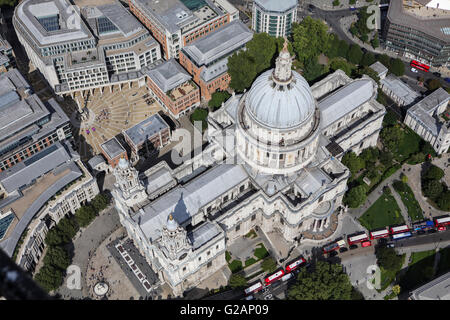 Eine Luftaufnahme des St Pauls Cathedral, London