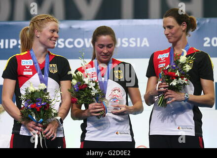 Moskau, Russland - 27. Mai 2016: Bronze-Medaillengewinner, die während der Siegerehrung für die Frauen Nationalmannschaft - Stockfoto