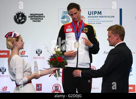 Moskau, Russland - 27. Mai 2016: Bronze-Medaille Lena Schoneborn of Germany (C) während der Siegerehrung für das - Stockfoto