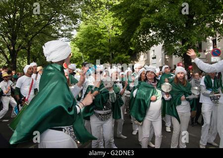 Karneval der Kulturen. Berlin, Deutschland. - Stockfoto
