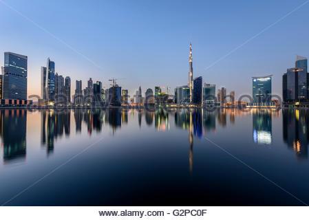 Downtown Dubai und Burj Khalifa, Dubai, Vereinigte Arabische Emirate - Stockfoto