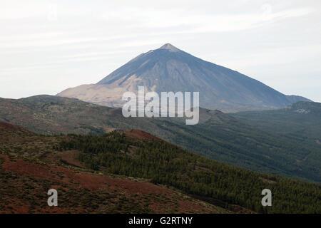 Den Teide, Pico del Teide, Teneriffa, ist ein Vulkan, der zuletzt brach im November 1909 und ist der höchste Berg - Stockfoto