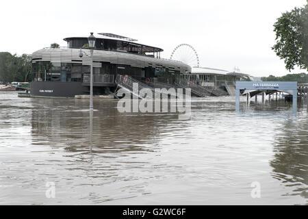 Paris, Frankreich. 3. Juni 2016. Hochwasser der Seine in Paris - Frühjahr 2016- - Stockfoto