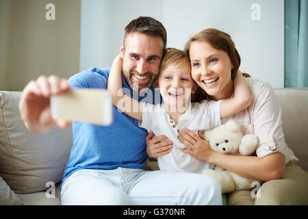 Selfie auf Handy - Stockfoto