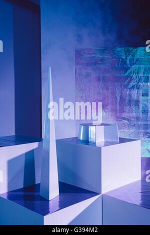 Intergalaktische blauen Show-Room für Modeausstellung - Stockfoto