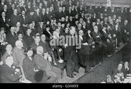 Winston Churchill (1874-1965) - britischer Staatsmann und ehemaliger Premierminister des Vereinigten Königreichs - Stockfoto