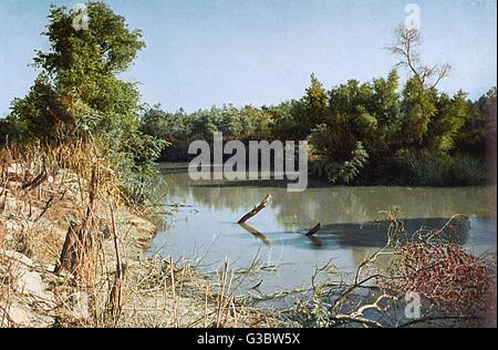 Blick auf den Fluss Jordan, das Land Kanaan, angeblich Szene der Taufe Christi.      Datum: 1920er Jahre - Stockfoto
