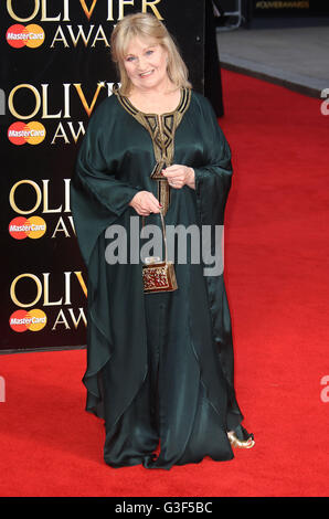 3. April 2016 - Michele Dotrice Teilnahme an The Olivier Awards 2016 am Royal Opera House Covent Garden in London, - Stockfoto
