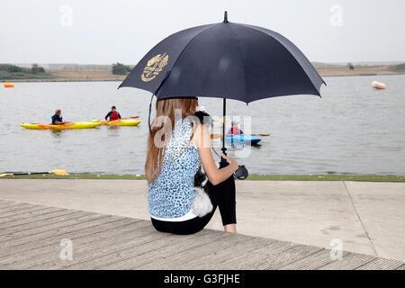 Southport, Merseyside, England. 11. Juni 2016.  Nach sintflutartigen Starkregen Regengüsse gestern über Liverpool - Stockfoto