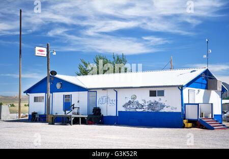 Die kleine Le ' Inn auf der Ausserirdischen Autobahn in der Nähe von Area 51 in Rachel Nevada - Stockfoto