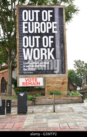 Lambeth, London, UK. 14. Juni 2016. Stimme bleiben EU-Referendum Plakatwand in Westminster. Bildnachweis: Matthew - Stockfoto