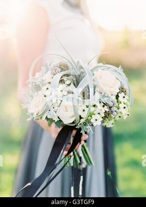 Schweden, enger-bis der weiße Hochzeit bouquet - Stockfoto