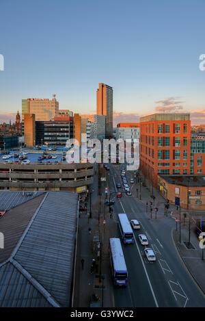 Eine Straße in Sheffield, South Yorkshire, England, UK - Stockfoto